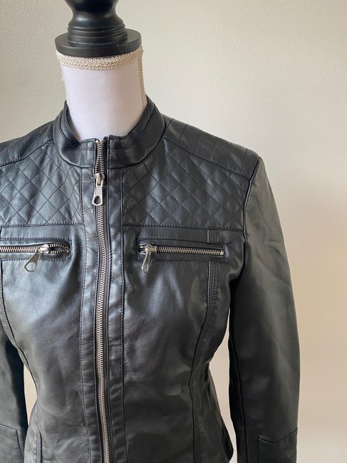 Baccini Black Faux with Quilted Shoulder Patches Jacket Size 8 (M) Baccini Black Faux with Quilted Shoulder Patches Jacket Size 8 (M) Image 2