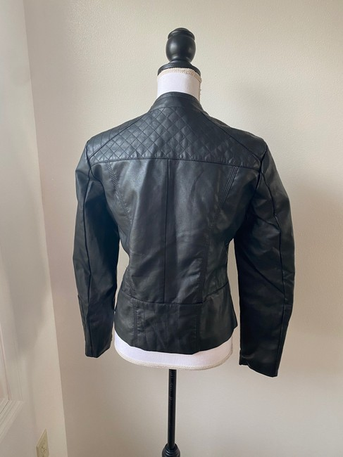 Baccini Black Faux with Quilted Shoulder Patches Jacket Size 8 (M) Baccini Black Faux with Quilted Shoulder Patches Jacket Size 8 (M) Image 4
