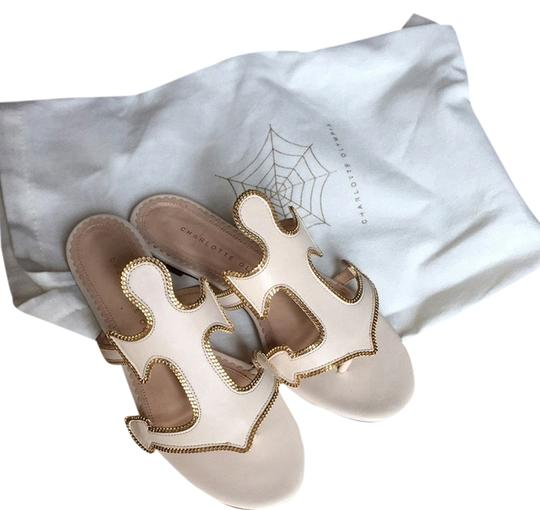 Preload https://item2.tradesy.com/images/charlotte-olympia-white-flats-2832916-0-0.jpg?width=440&height=440