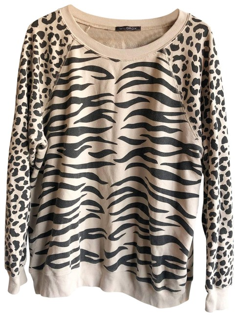 Item - Tiger Sommers Large Tan Sweater