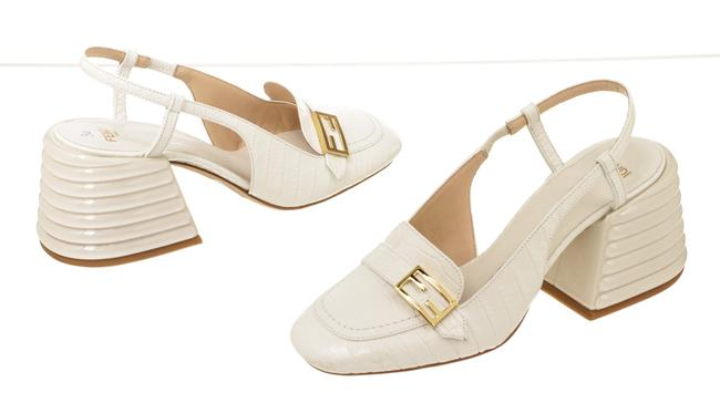 Item - White Oqs 501377 Croc-embossed Leather Slingback Pumps Wedges Size EU 36 (Approx. US 6) Regular (M, B)