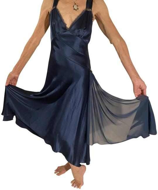 Item - Blue And Elegant Long Night Out Dress Size 10 (M)