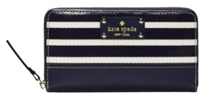 Kate Spade Wristlet in French Navy / Cream