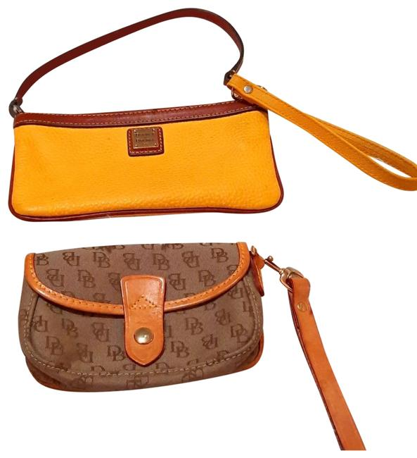 Item - Brown Yellow Canvas Leather Wristlet