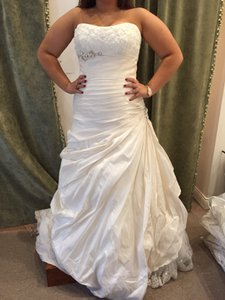 Maggie Sottero Light Gold/Ivory Taffeta Colette Wedding Dress Size 10 (M)