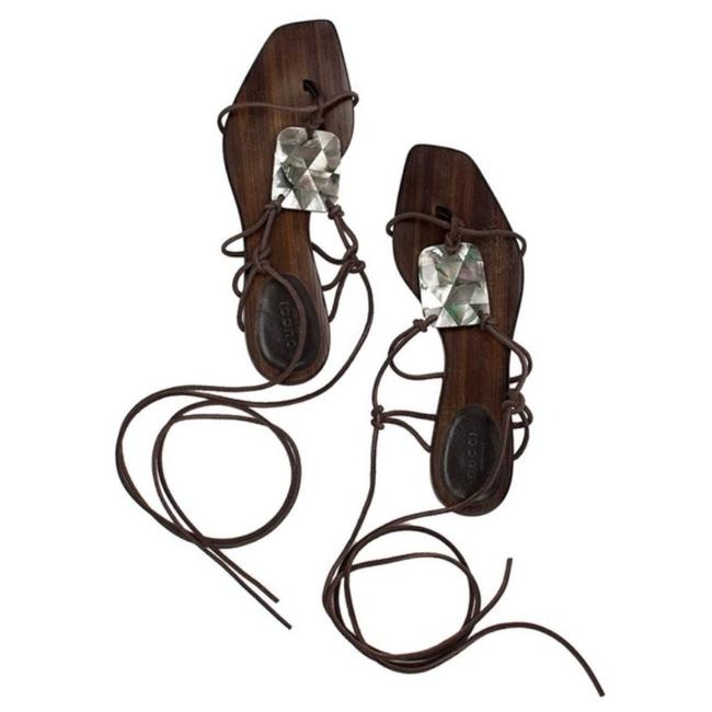 Gucci Brown Vintage Tom Ford Leather Strappy Mother-of-pearl Sandals Size US 6.5 Regular (M, B) Gucci Brown Vintage Tom Ford Leather Strappy Mother-of-pearl Sandals Size US 6.5 Regular (M, B) Image 1