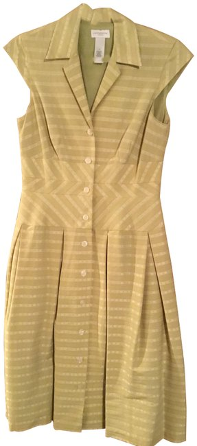 Item - Lime Green Mid-length Short Casual Dress Size 6 (S)