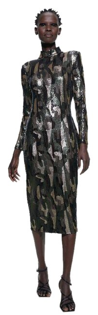 Zara Green Camouflage Fitted Sequin Sleeves Multi Color New Long Night Out Dress Size 6 (S) Zara Green Camouflage Fitted Sequin Sleeves Multi Color New Long Night Out Dress Size 6 (S) Image 1