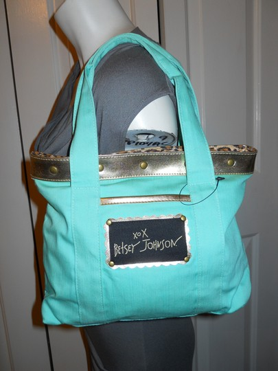Betsey Johnson Gbd Tote in mint green