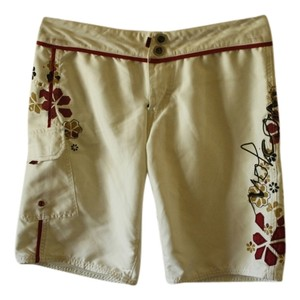 Volcom Volcom White with Pink Floral Board Shorts Size 3 in Juniors, or 00