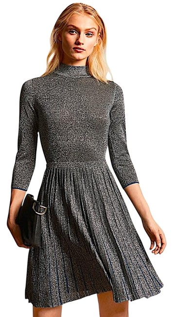 Item - Grey/Silver with Tager Noaleen High Neck Midi Knitted Mid-length Cocktail Dress Size 2 (XS)