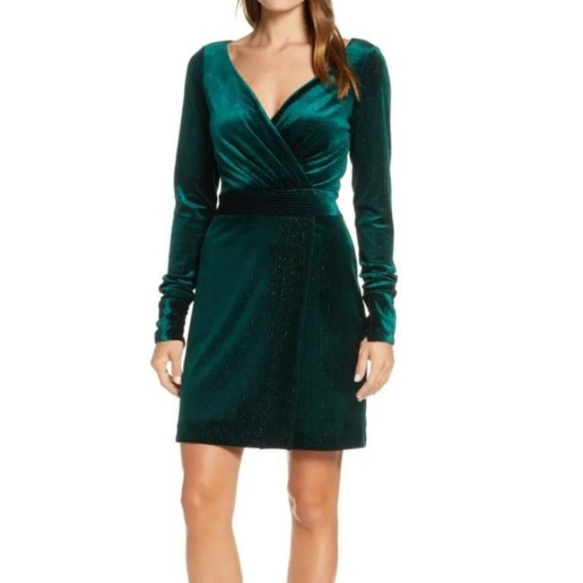 Item - Emerald Metallic Velvet Short Night Out Dress Size 6 (S)