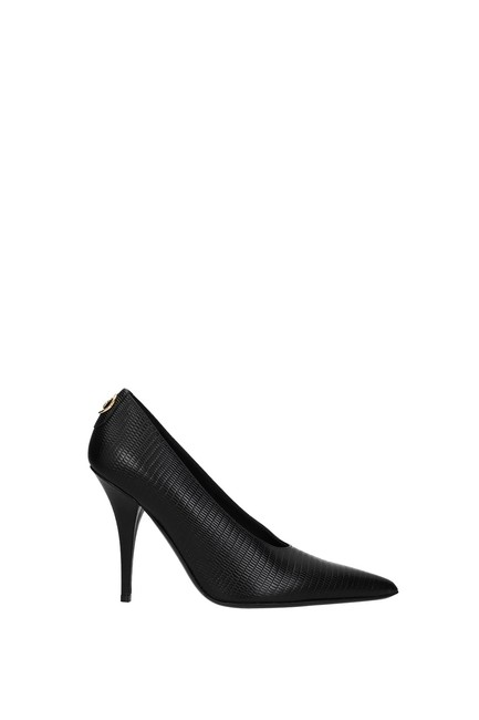 Item - Black Women Pumps Size EU 37 (Approx. US 7) Regular (M, B)