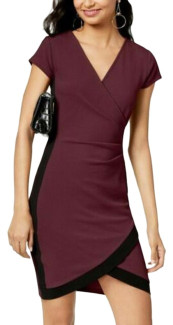 Item - Red Black V-neck Ruched Short Casual Dress Size 2 (XS)