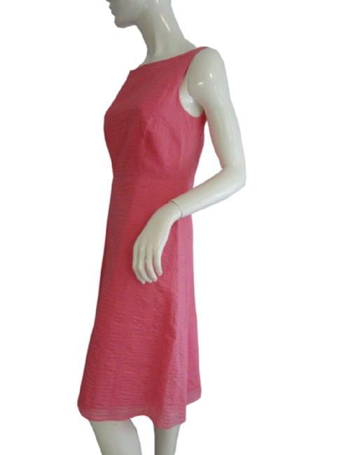 Item - Pink Sku 000076 Mid-length Short Casual Dress Size 6 (S)