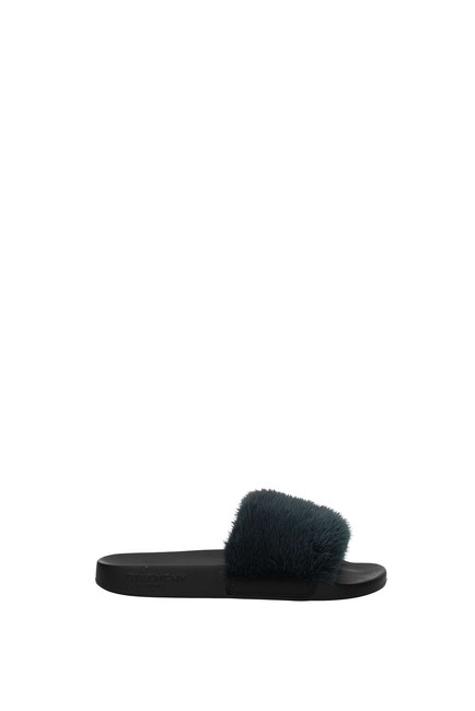 Item - Blue Slippers and Woman Mules/Slides Size EU 35 (Approx. US 5) Regular (M, B)