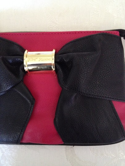 Betsey Johnson Bow Girly Wristlet fuchsia and black Clutch