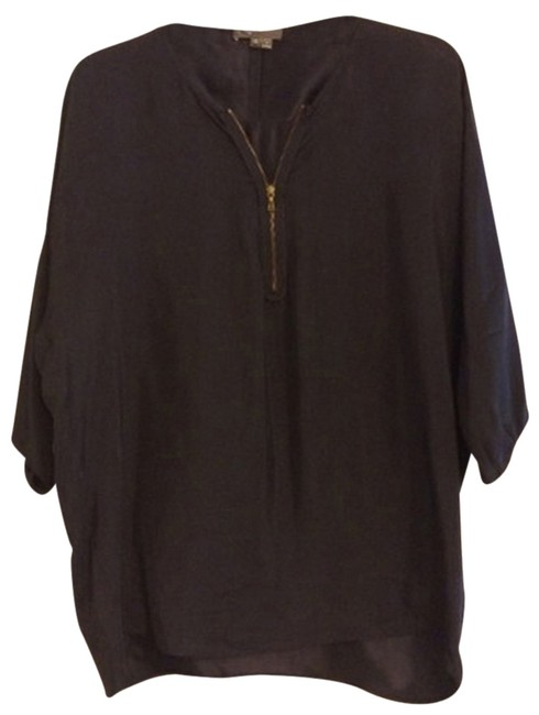 Preload https://item4.tradesy.com/images/vince-silk-blouse-size-2-xs-2835103-0-1.jpg?width=400&height=650