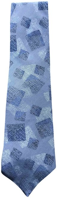 Item - Blue/Grey/Black Geometric Pattern Silk