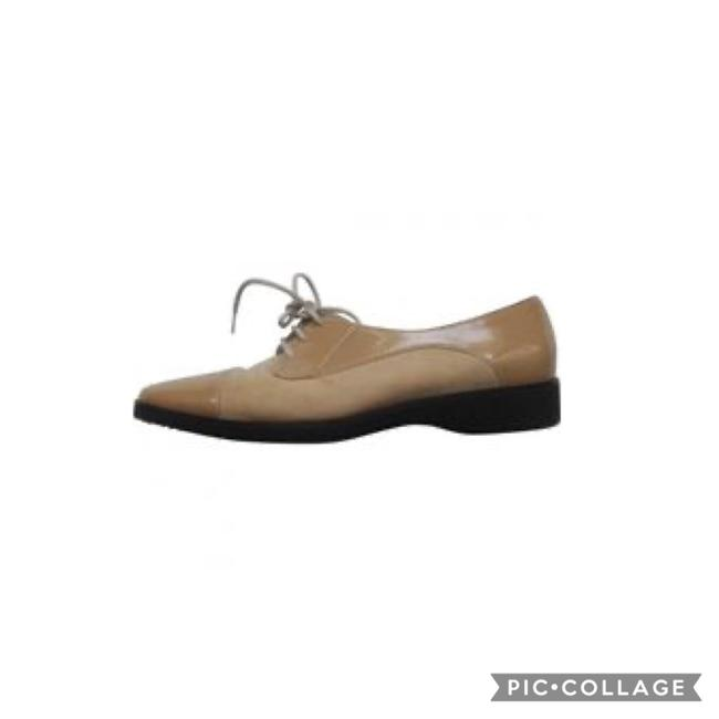 Item - Beige Suede and Patent Leather Oxfords Flats Size US 7 Regular (M, B)