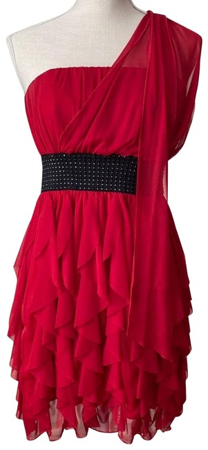 Item - Red Ruffed Mid-length Formal Dress Size 6 (S)