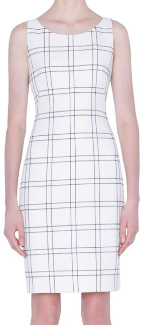 Burberry Beige Plaid Mid-length Short Casual Dress Size 6 (S) Burberry Beige Plaid Mid-length Short Casual Dress Size 6 (S) Image 1