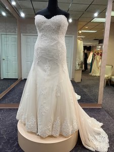 Rebecca Ingram Pale Blush Lace and Tulle Jeanine 7rz878 Formal Wedding Dress Size 20 (Plus 1x)