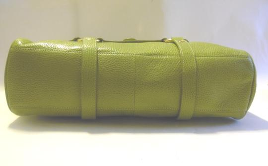 The Find Satchel in Green