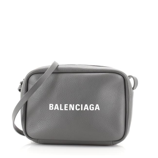 Item - Camera Everyday Small Gray Leather Shoulder Bag