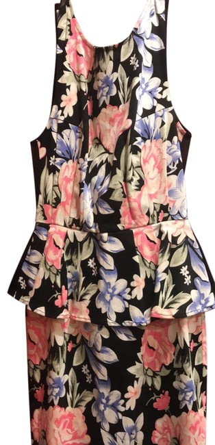 Item - Small Floral Short Cocktail Dress Size 4 (S)