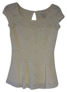 Candie's Top Ivory