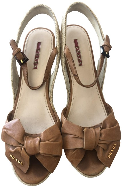 Item - Taupe Wedges Size EU 41 (Approx. US 11) Narrow (Aa, N)