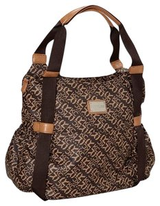 kenneth cole diaper bags up to 90 off at tradesy. Black Bedroom Furniture Sets. Home Design Ideas
