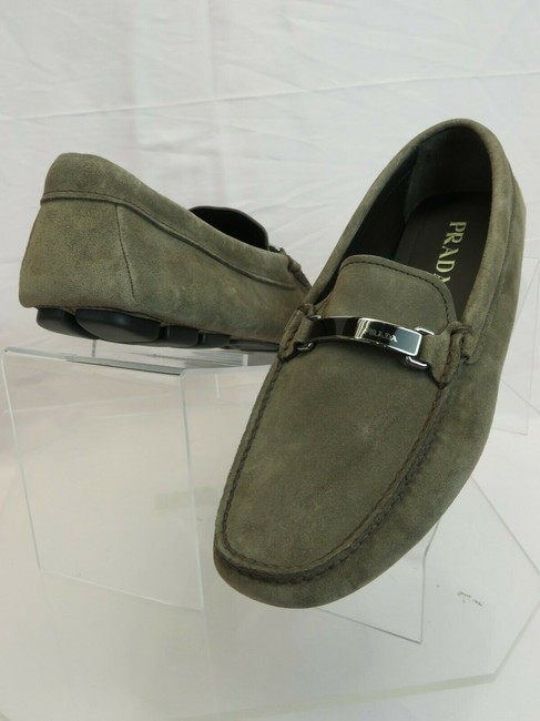 Item - Gray 2dd159 Khaki Fumo Suede Logo Driving Moccasins Loafers 7.5 / Us 8.5 It Shoes