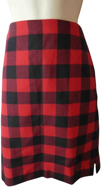 Item - Red Plaid Skirt Size 6 (S, 28)