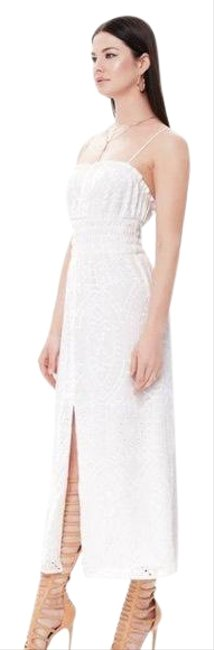 Item - White Indy Pearl Midi Embroidered Mid-length Casual Maxi Dress Size 16 (XL, Plus 0x)