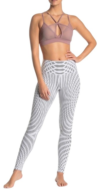 Item - White/Grey Yoga High-waist Air Brush Activewear Bottoms Size 0 (XS)