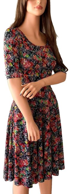Item - Red Green Multicolor Floral Fit and Flare Nicole Mid-length Short Casual Dress Size 2 (XS)