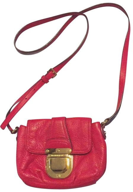 Item - Purse Red Leather Cross Body Bag