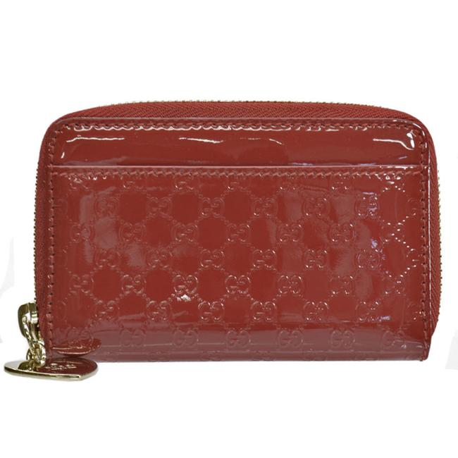 Item - Red Color Coin Case Micro Gold Patent Leather Card with Key Ring Ladies Wallet