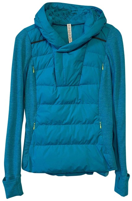 Item - Aqua Fluff Off Pullover Activewear Outerwear Size 4 (S)