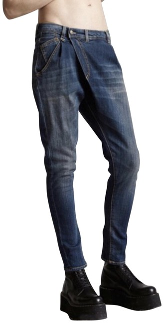 Item - Blue Dark Rinse X-over In Vintage Wash Capri/Cropped Jeans Size 25 (2, XS)