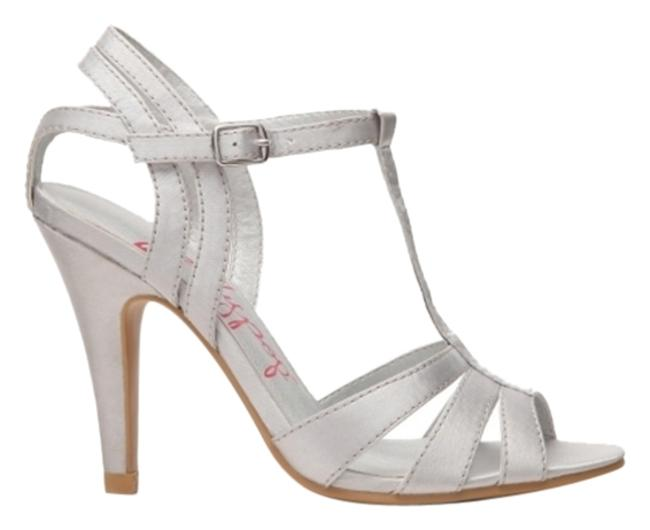 Item - Silver Zinia Sandals Size US 8