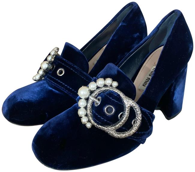 Item - Navy Velvet Pearl Embellished Buckle Loafer Pumps Size EU 38 (Approx. US 8) Regular (M, B)