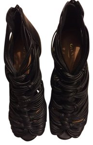 Gianni Bini Black Leather Sandals