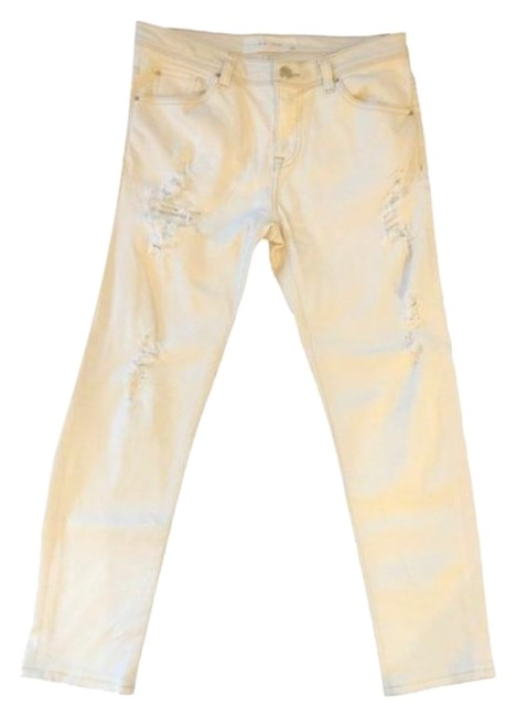 Item - White Distressed Capri/Cropped Jeans Size 26 (2, XS)