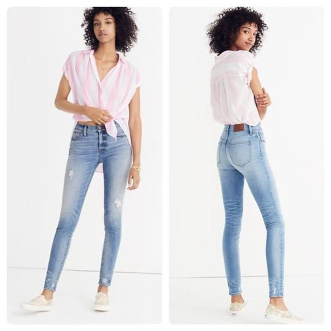 Item - Light Wash Distressed 9 Inch High Rise Destructed Hem Edition Petite Skinny Jeans Size 25 (2, XS)
