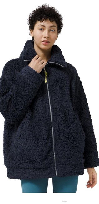 Item - Navy Oh So Sherpa Activewear Outerwear Size 6 (S)