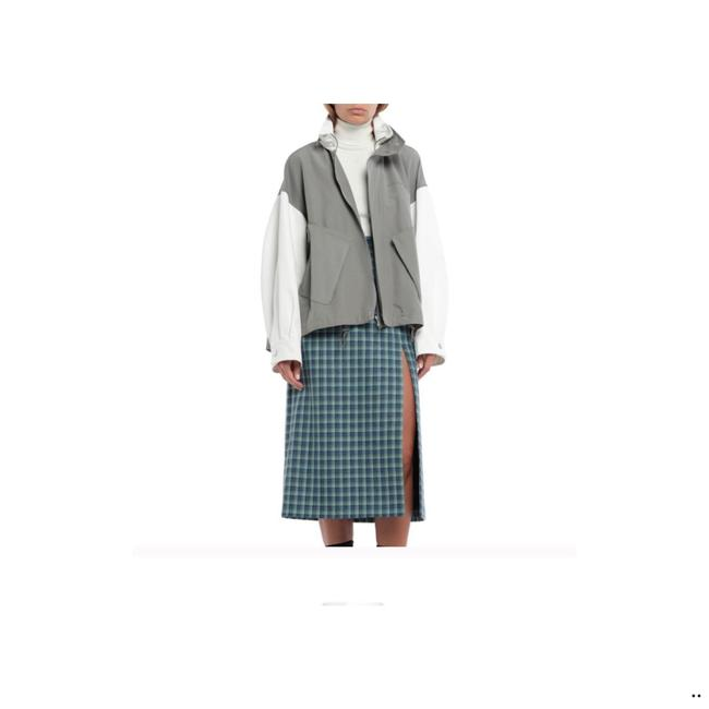 Givenchy Gray and White Short Jacket Size 12 (L) Givenchy Gray and White Short Jacket Size 12 (L) Image 1