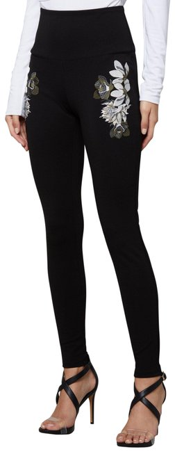 Item - Black Ivory Embroidered Floral Details Zip Control Top Leggings Size 0 (XS, 25)